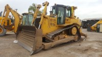 Bulldozer-Caterpillar-D6T-2012-0002
